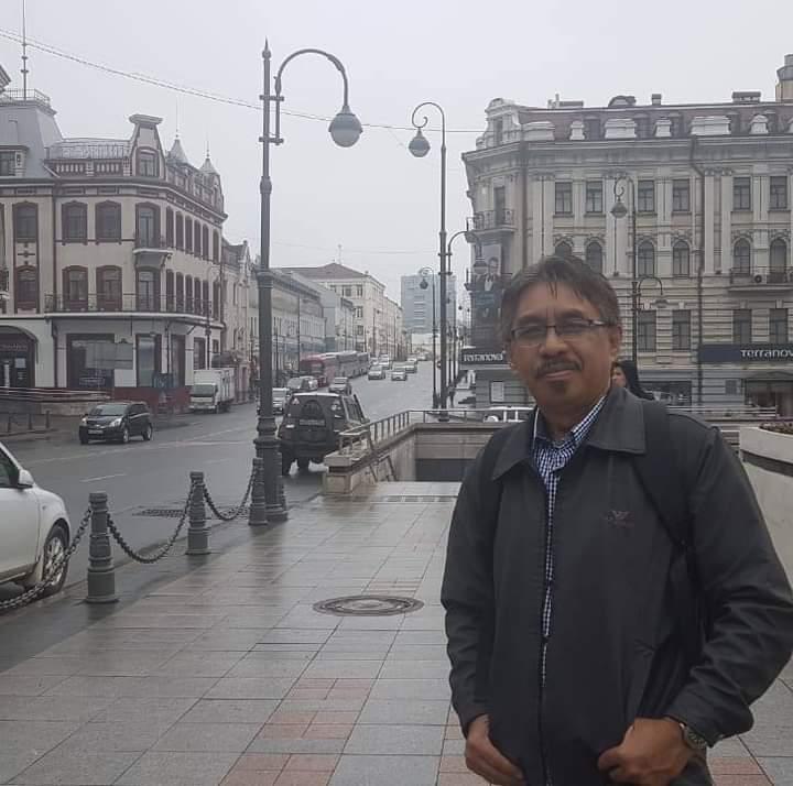 Dr. Sunarto Amus, M.Si