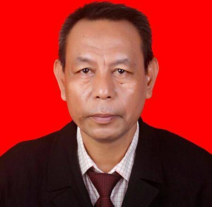 Dr. H. Kaharuddin Nawing, M.Si